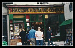 Photo: Shakespeare and Company, Paris 2003
